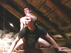 Twinks Patrik and Rob Bareback Fucking