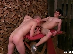 CUTE YOUNG BOYS OF SUCKING AND BAREBACK ACTION