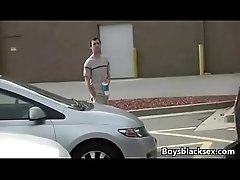 Black Muscular Gay Man Fuck WHite Boy Hard 05