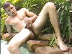 Cute brazilian shows off in the wild