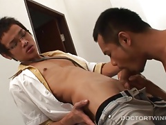Asian Twinks Albert and Oliver Bareback
